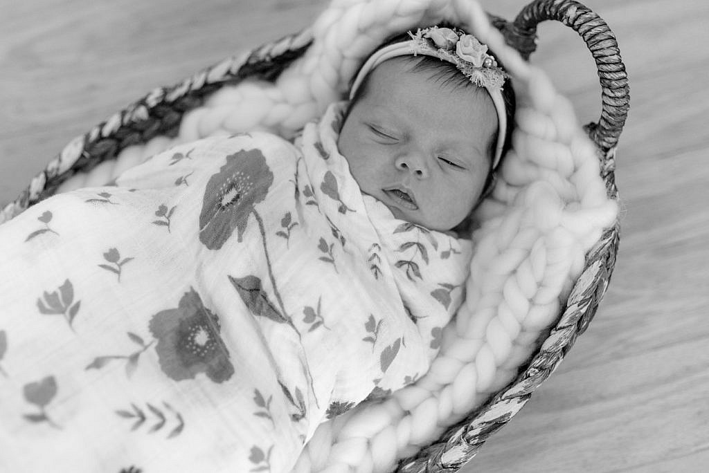 sleeping baby at lifestyle newborn session on joint base andrews