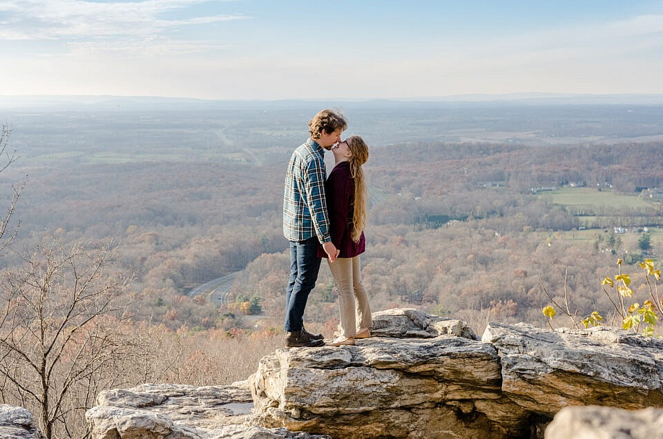Engagement Session at Bear's Den Overlook | J + D