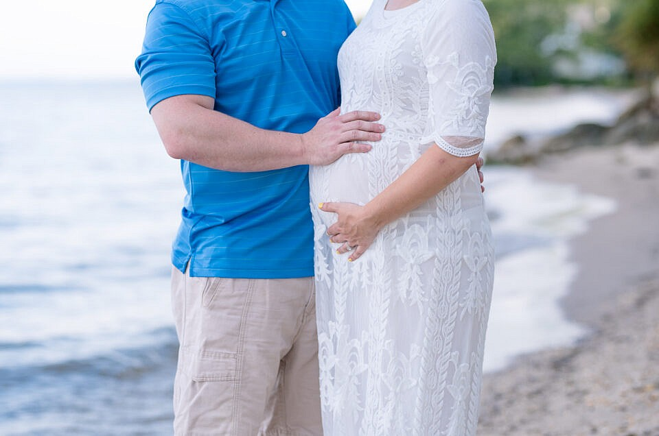 Beach Maternity Session in Calvert County | P Family