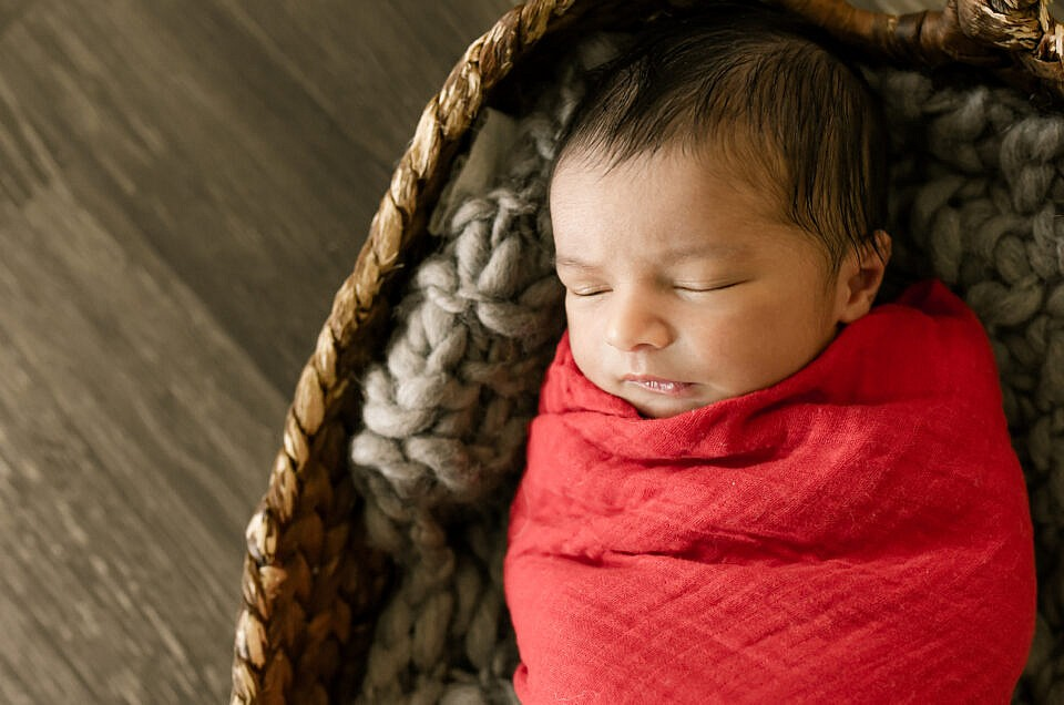 Lifestyle Newborn Sessions | Baby Ronak {Seven Days Old}